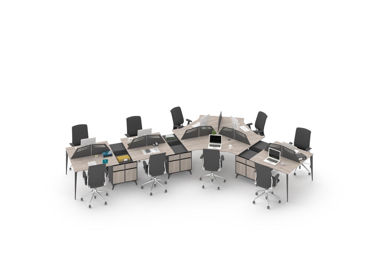 Столы на металлических опорах