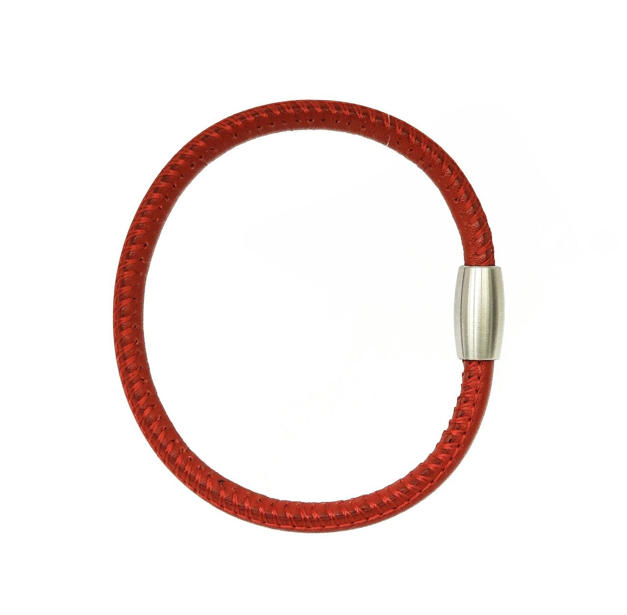 Серебряный браслет из натуральной кожи. Вес: 5,7 гр, размер: 19,5 см, застежка: магнит, цвет: красный