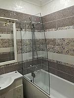 Перегородка на ванну с распашной секцией