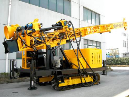 Гидравлическая установка для бурения водяных скважин на гусеничном ходу YSSL-300