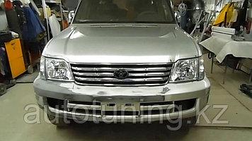 Бампер передний с отверстиями под туманки Land Cruiser Prado 90-95 с 1996 по 2002 г.