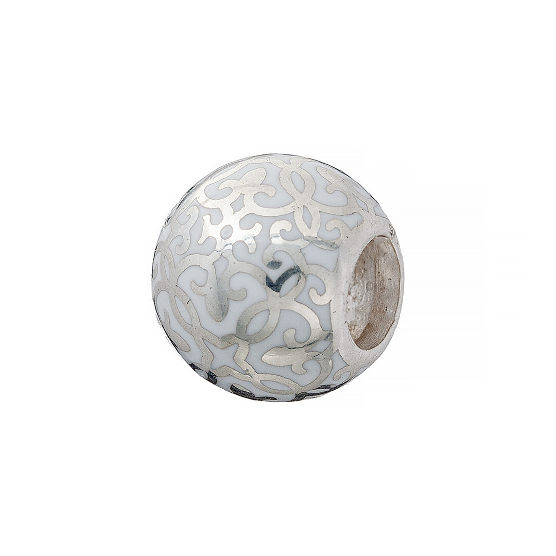 Серебряный шарм с узорами белого цвета. Вес: 3,1 гр, покрытие родий