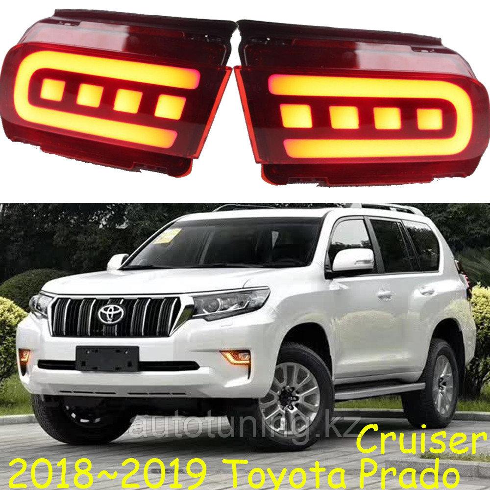 Светодиодные отражатели (катафоты) в задний бампер Land Cruiser Prado 150 2009-2020