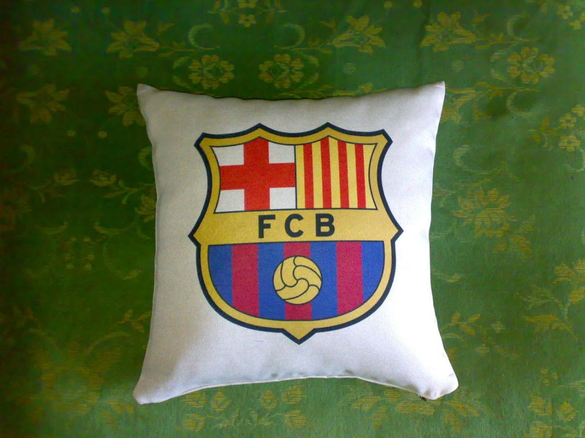 Футбол. Подушка клуб