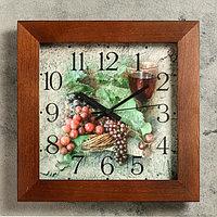 """Часы настенные квадратные """"Гроздья винограда"""", деревянные"""