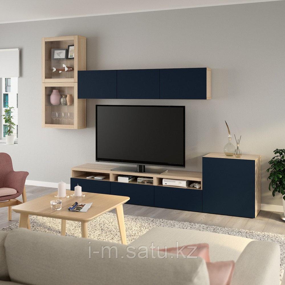 БЕСТО Шкаф для ТВ, комбин/стеклян дверцы, под беленый дуб, Нотвикен синий прозрачное стекло, 300x42x211 см
