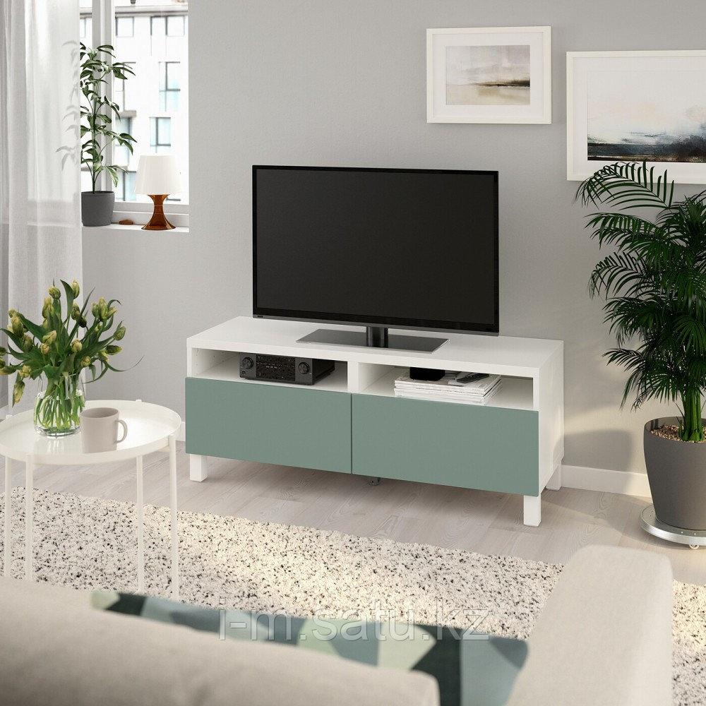 БЕСТО Тумба д/ТВ с ящиками, белый, нотвикен/стуббарп серо-зеленый, 120x42x48 см