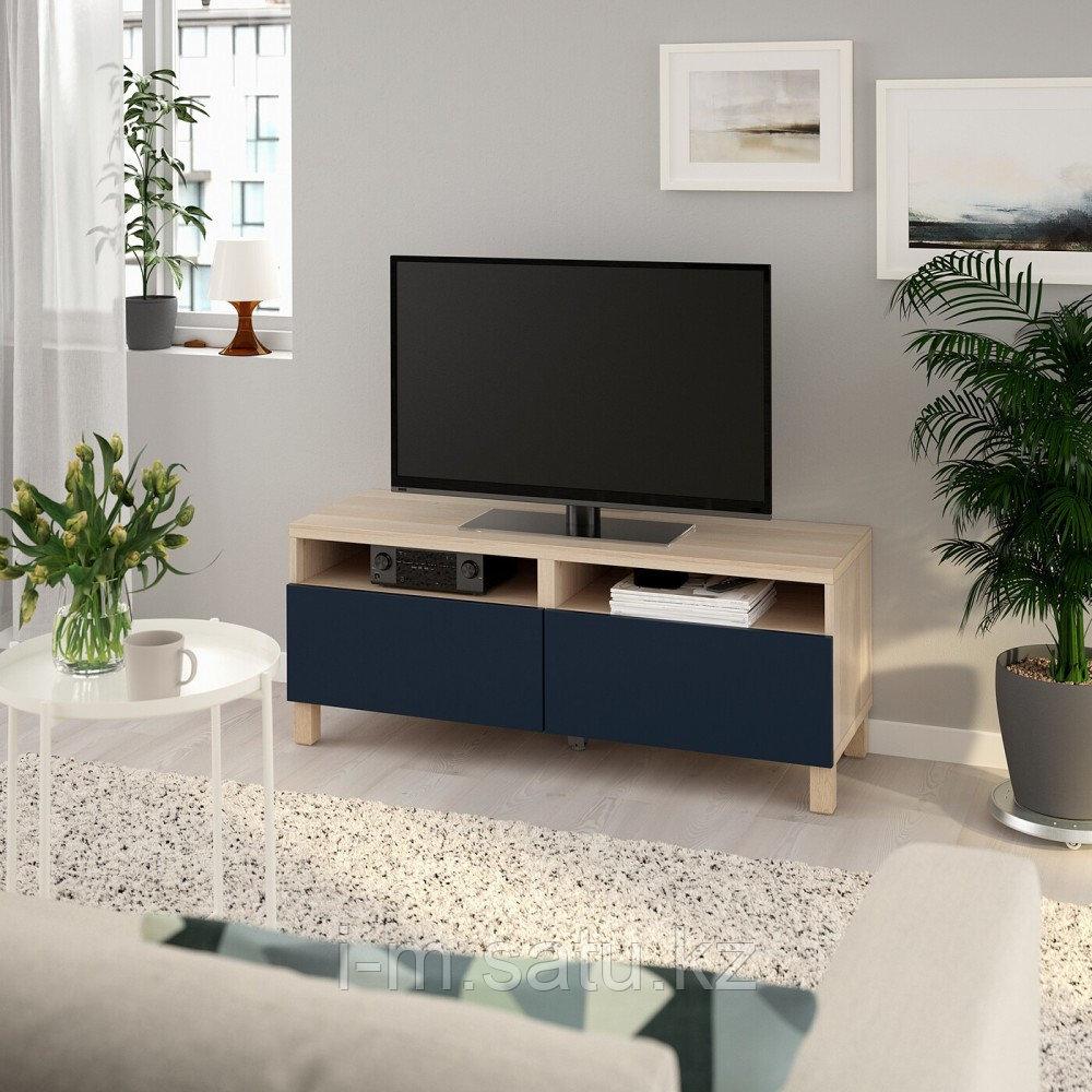 БЕСТО Тумба д/ТВ с ящиками, под беленый дуб, нотвикен/стуббарп синий, 120x42x48 см