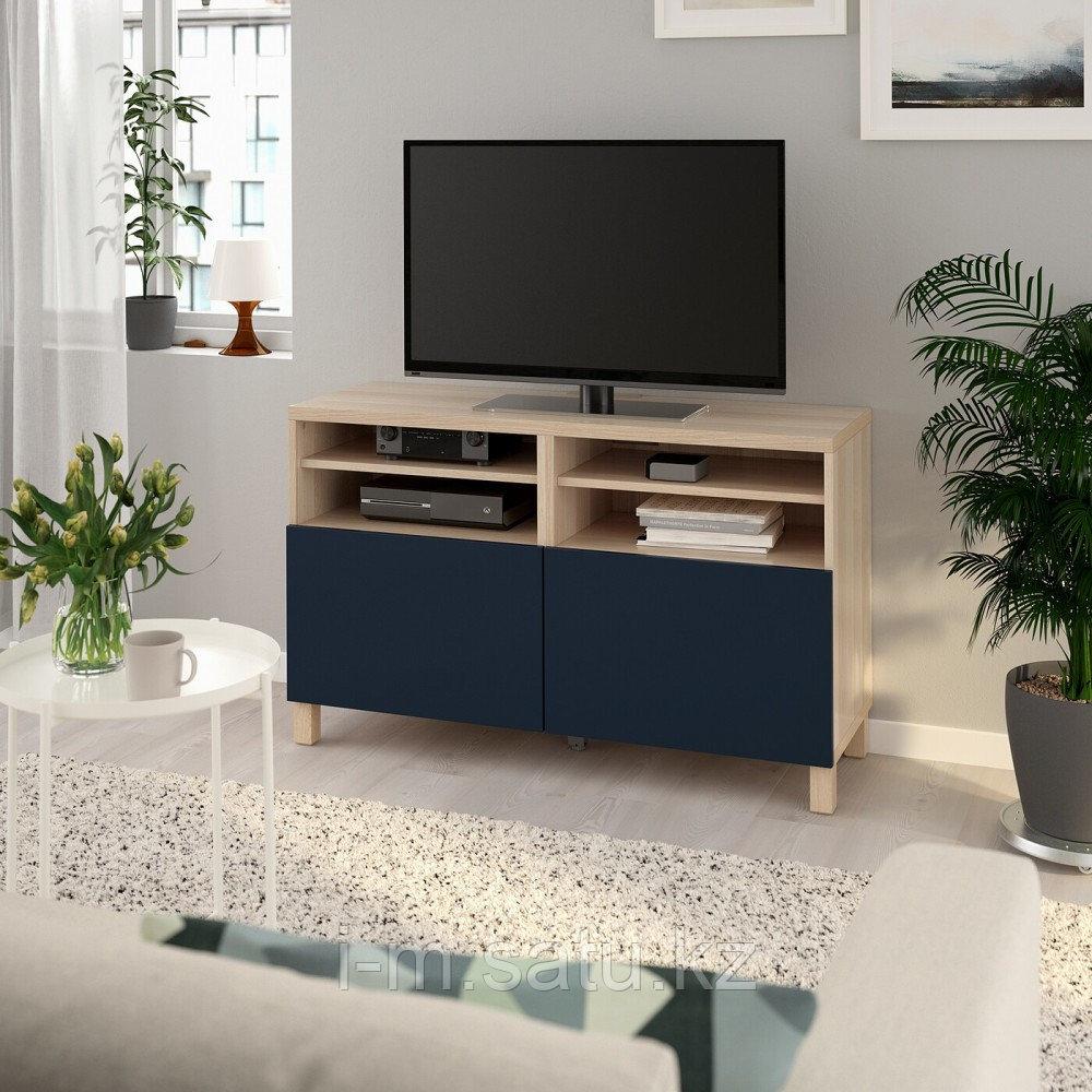 БЕСТО Тумба под ТВ, с дверцами, под беленый дуб, нотвикен/стуббарп синий, 120x42x74 см