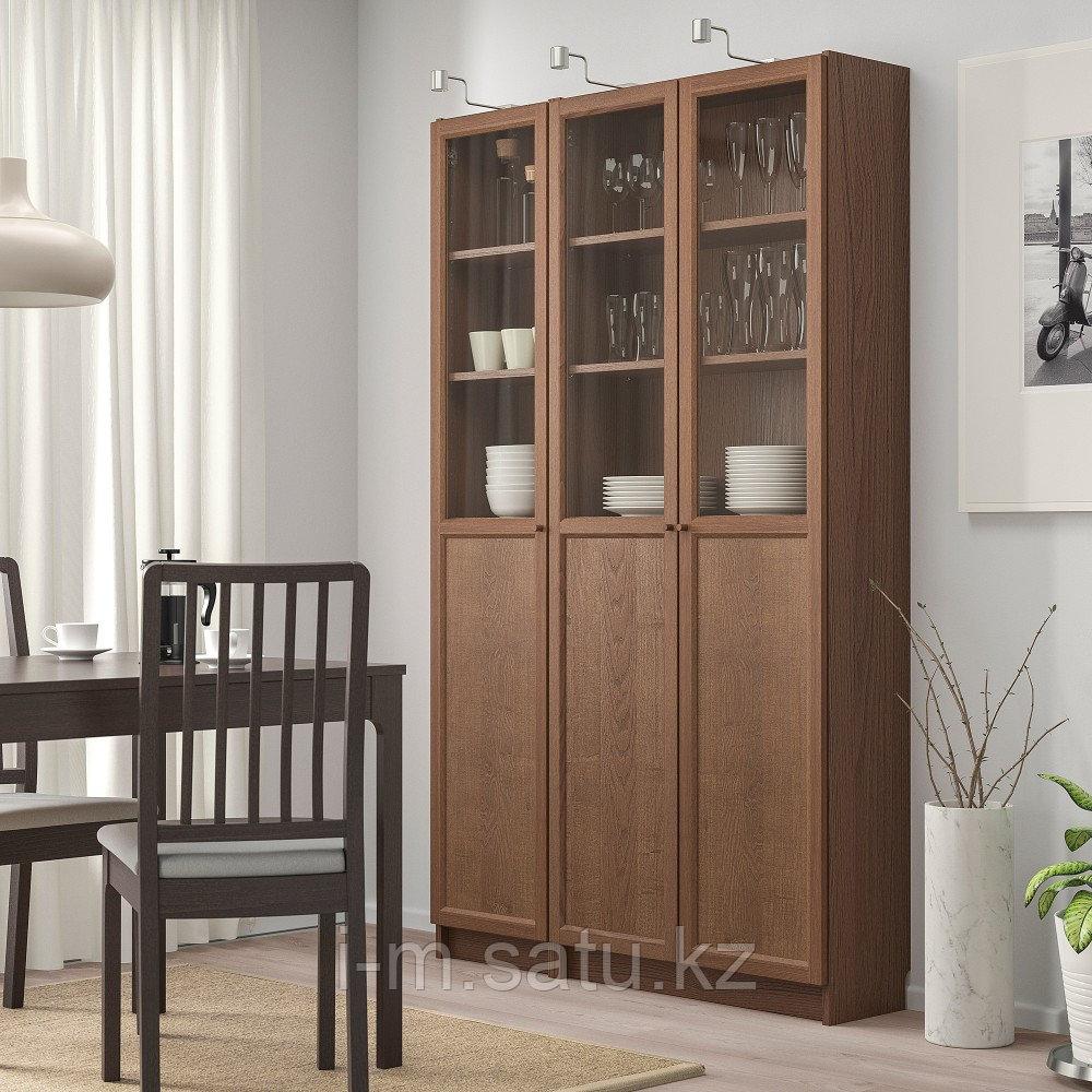 БИЛЛИ / ОКСБЕРГ Стеллаж/панельные/стеклянные двери, коричневый ясеневый шпон, стекло, 120x30x202 см