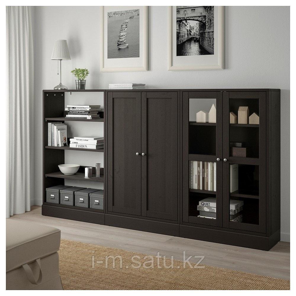 ХАВСТА Комбинация для хранения с сткл двр, темно-коричневый, 243x37x134 см