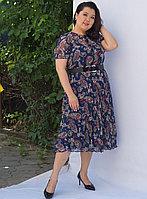Платье темно-синее с цветочным принтом  48