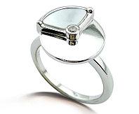 Серебряное нежное кольцо. Вставка: перламутр и циркон. вес: 3 гр, размер: 18, покрытие родий