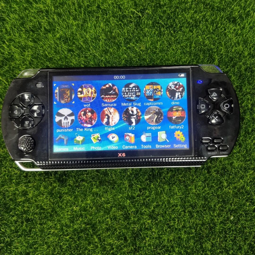 Портативная ретро приставка в формфакторе PSP