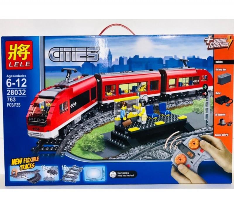 Конструктор Пассажирский красный поезд Lele Сити 763 детали - фото 1