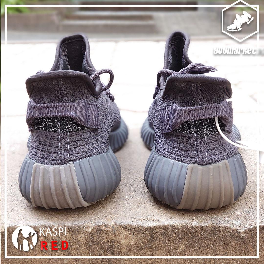 Светоотражающие кроссовки adidas Yeezy Boost 350 Vol 2 - фото 3