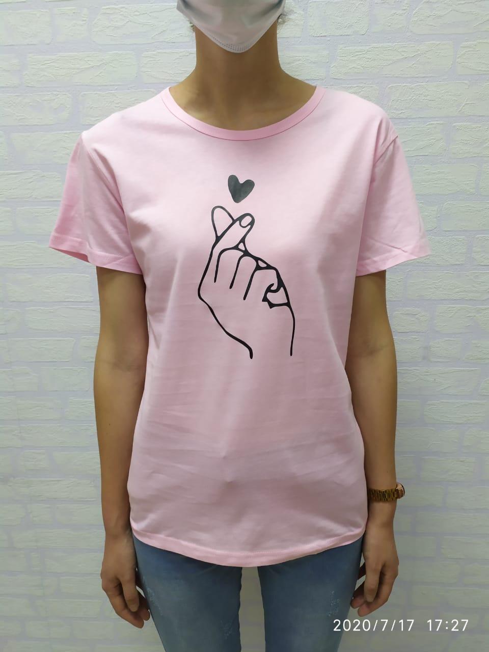 Женская футболка Korean heart розовый