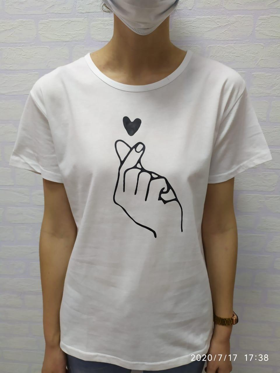 Женская футболка Korean heart белый