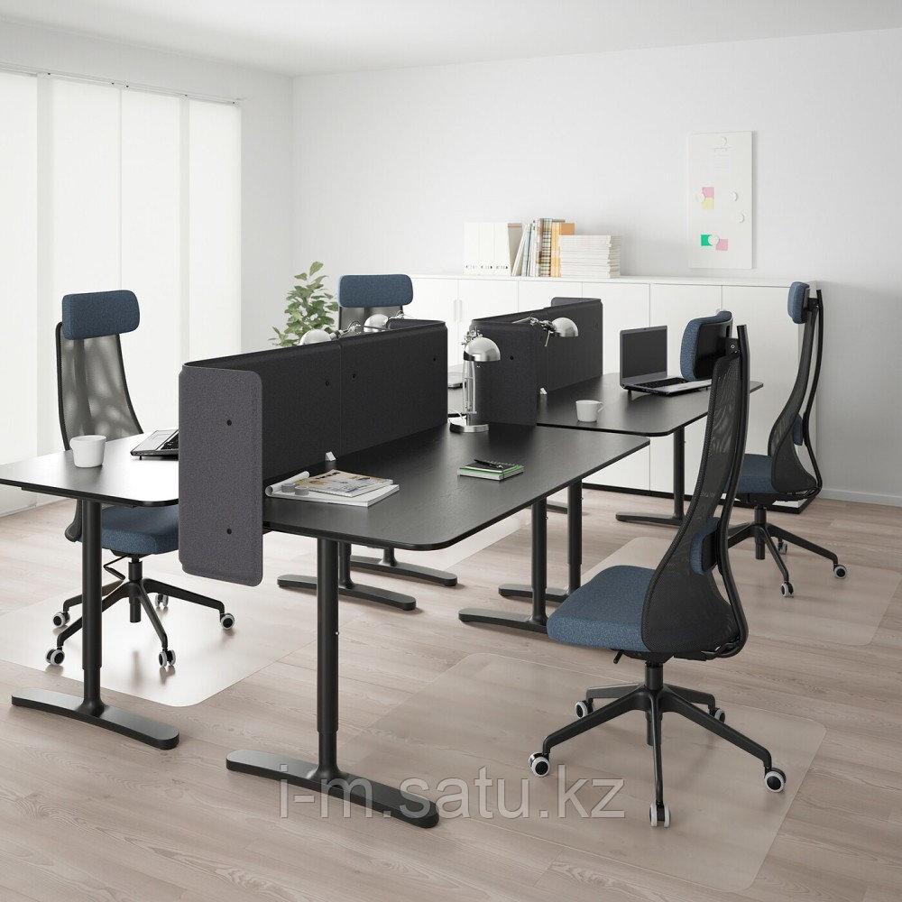 БЕКАНТ Стол с экраном, ясеневый шпон/черная морилка, черный, ясеневый шпон/черная морилка/черный 320x160 55 см