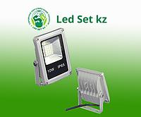 Светодиодный прожектор повышенной яркости DECO SLIM 10Вт, 1000Лм