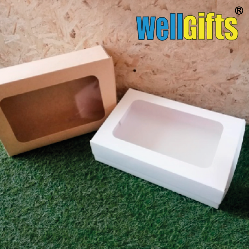 Подарочная картонная коробка 32х22х8 см