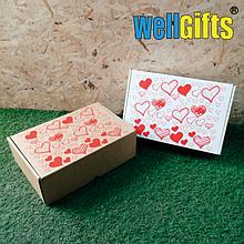 Подарочная коробка с сердечками 30х20х10 см