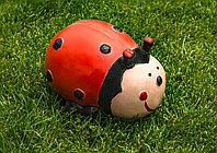 Садовая фигурка Божья коровка 20х14х10 см, цвет красный