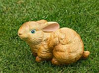 Садовая фигурка из гипса Заяц малый коричневый 13×20×15см