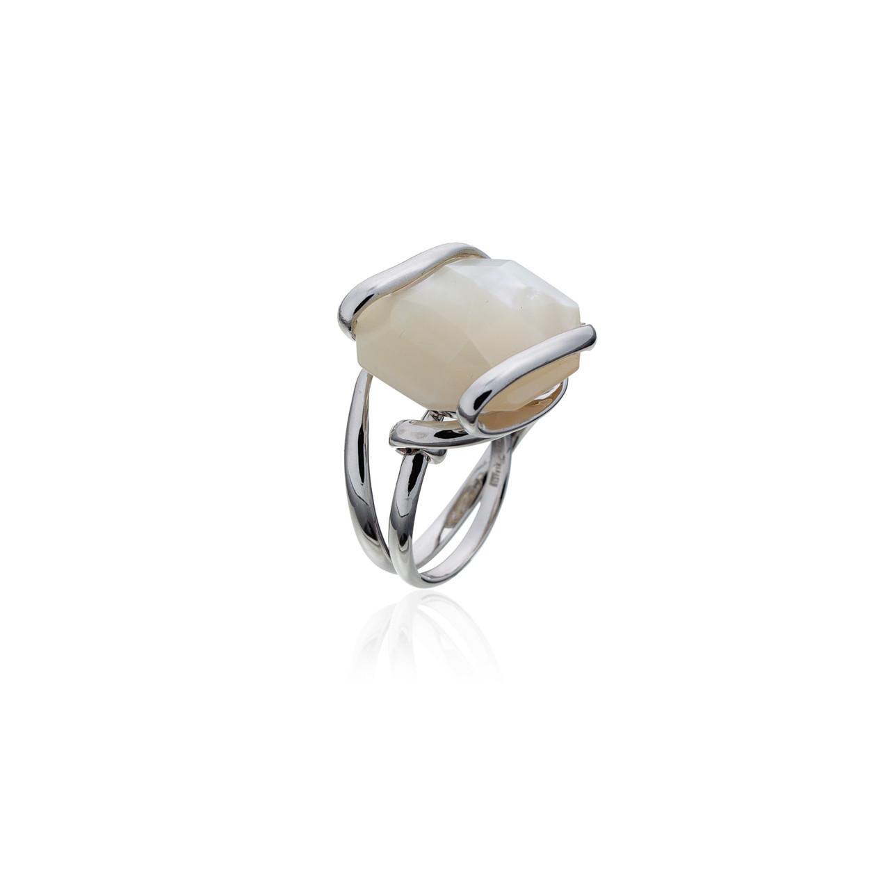 Серебряное кольцо с натуральным камнем. Вставка: перламутр вес:10,3гр, покрытие родий, размер:20рр