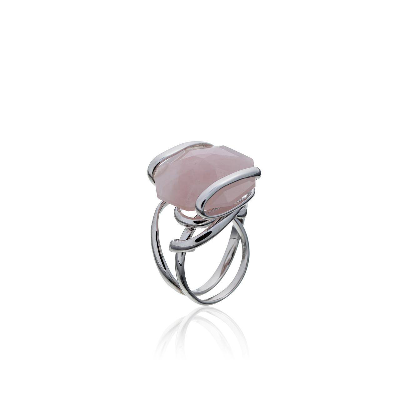 Серебряное кольцо с натуральным камнем. Вставка:розовый кварц, размер: 17р, вес:10,7гр