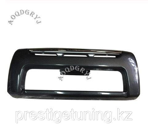 Накладка переднего бампера на LC100 1998-2007 Черный металлик
