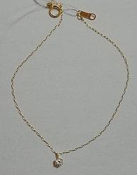 Золотой браслет 750 пробы. Вставка: 1 бриллиант 0,030 Карат, вес: 0,6 гр