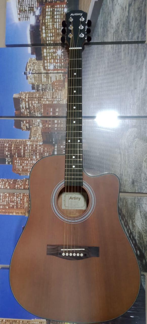 Акустическая гитара Artiny