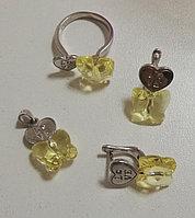 Женский комплект (набор) из серебра в форме бабочек и сердец. Вставка: кристалл желтые, белые фианит