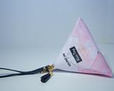 Модная треугольная сумка (розовая)