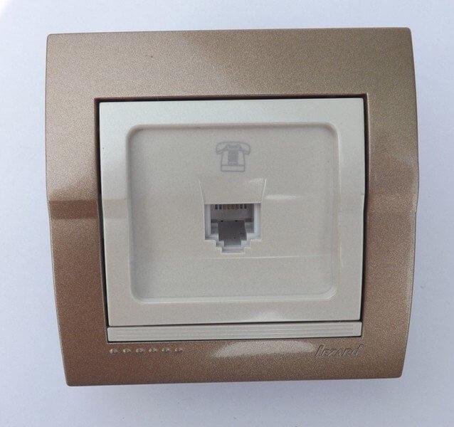 Розетка телефонная евро светло-коричневая  перламутр Deriy 702-3130-137