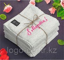 Полотенце в подарок