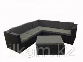 Комлект мебели из ротанга: угловой диван, журнальный столик