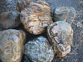 Природный камень валун Мигматит  10-30см