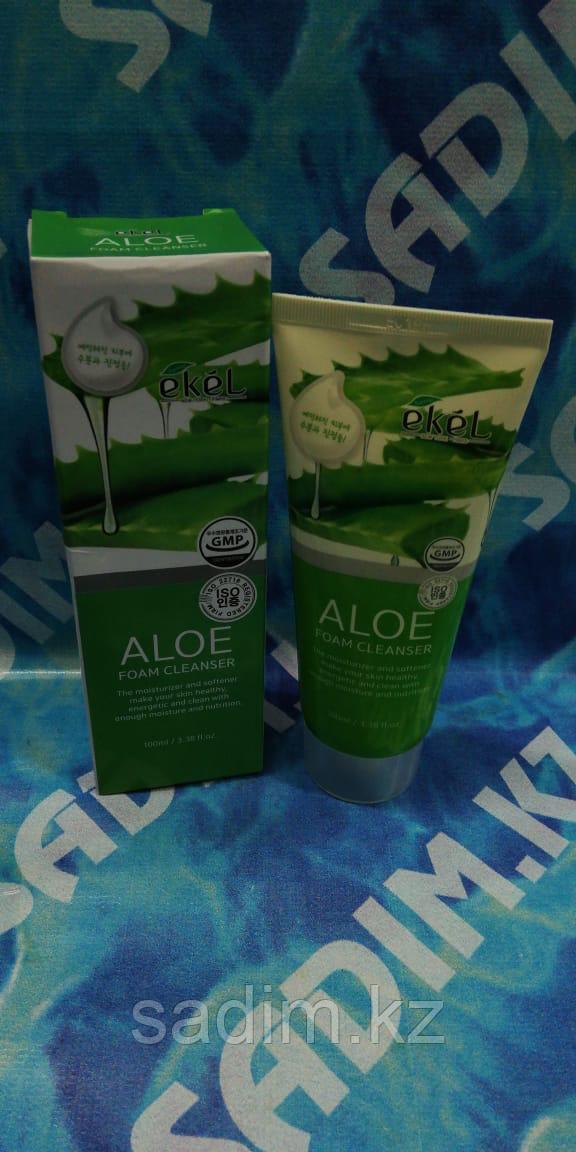 Ekel Aloe Foam Cleanser 100 мл Пенка для умывания с экстрактом алоэ