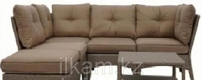 Мебельный комплект из ротанга :диван+пуфик+журнальный столик, фото 2