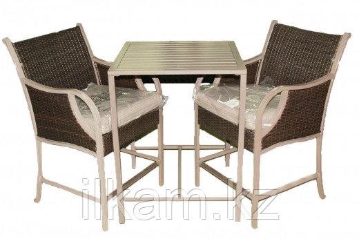 Комплект мебели из ротанга. Стол, два кресла., фото 2