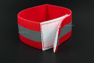 Светоотражающий эластичный браслет красный с одной полоской