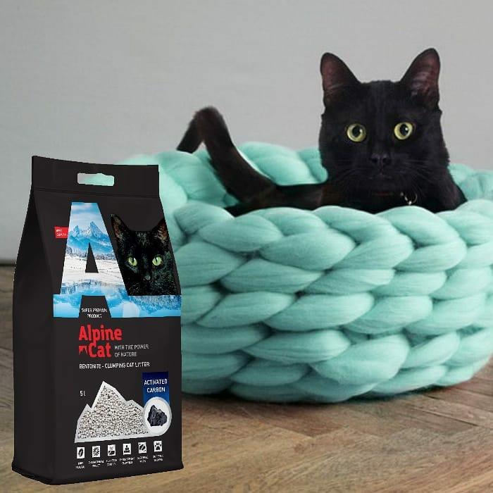 Комкующийся минеральный наполнитель Alpine cat Активированный уголь
