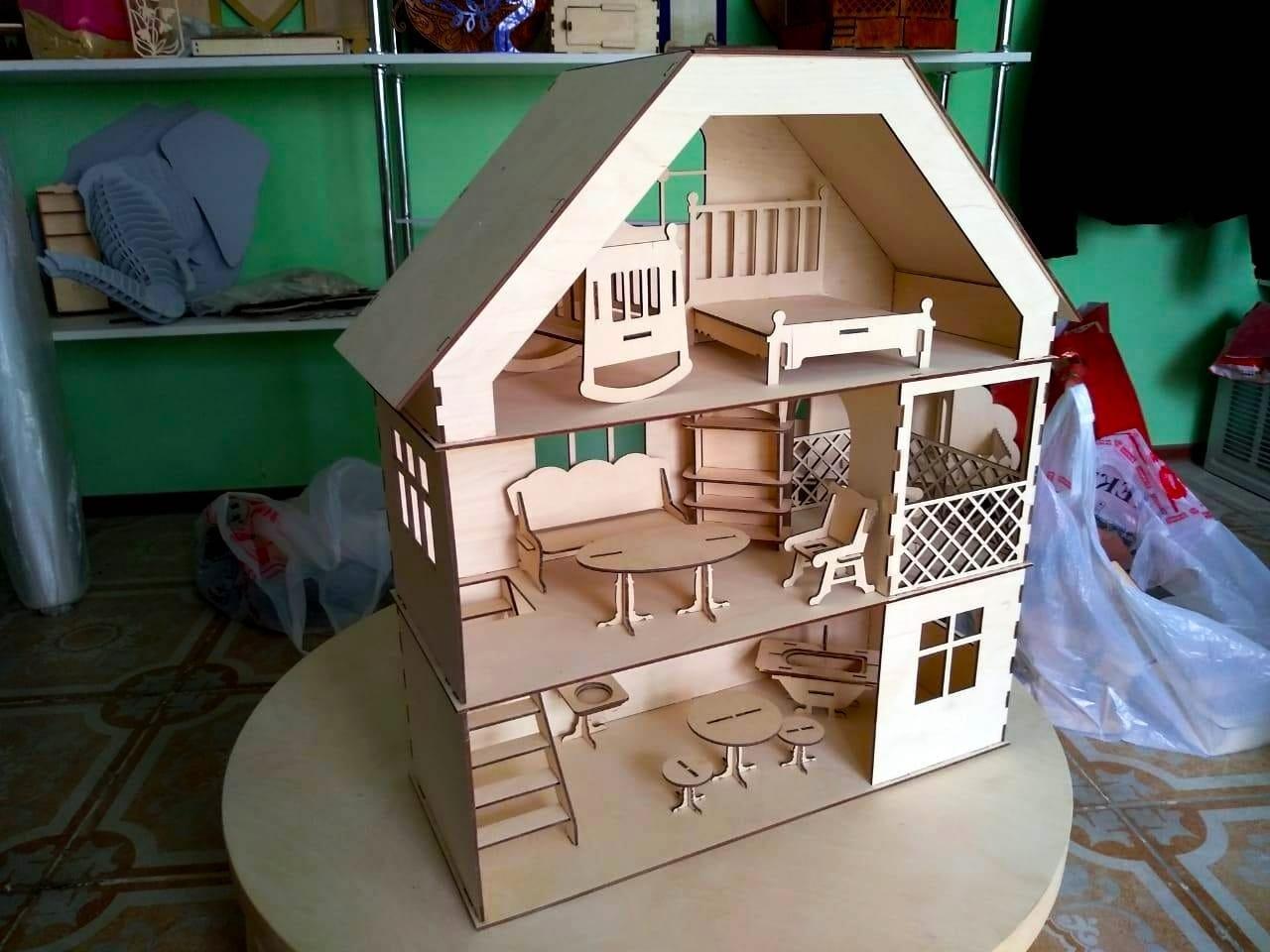 Кукольный эко домик (в комплекте 12 предметов мебели)