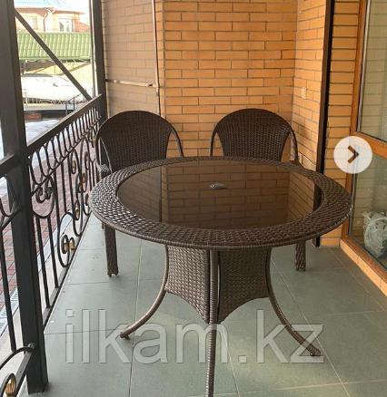 Комплект мебели из ротанга, стол круглый , 2 кресла