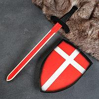"""Сувенир деревянный """"Набор рыцаря"""", щит- 28х41 см, меч- 75х17 см"""