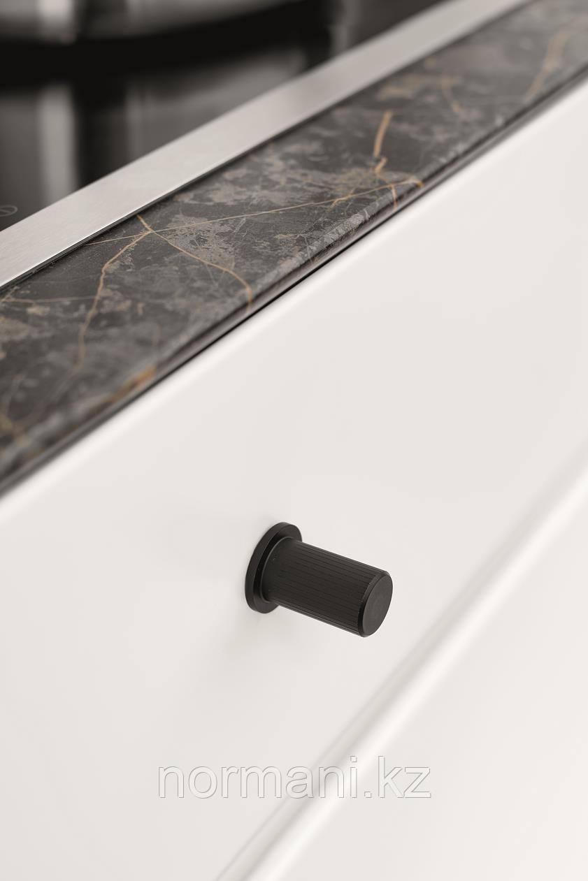 Мебельная ручка кнопка, замак, цвет черный матовый