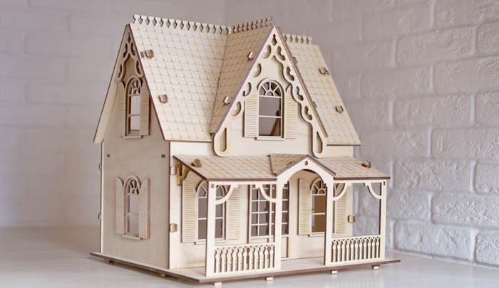 Кукольный домик в готическом стиле