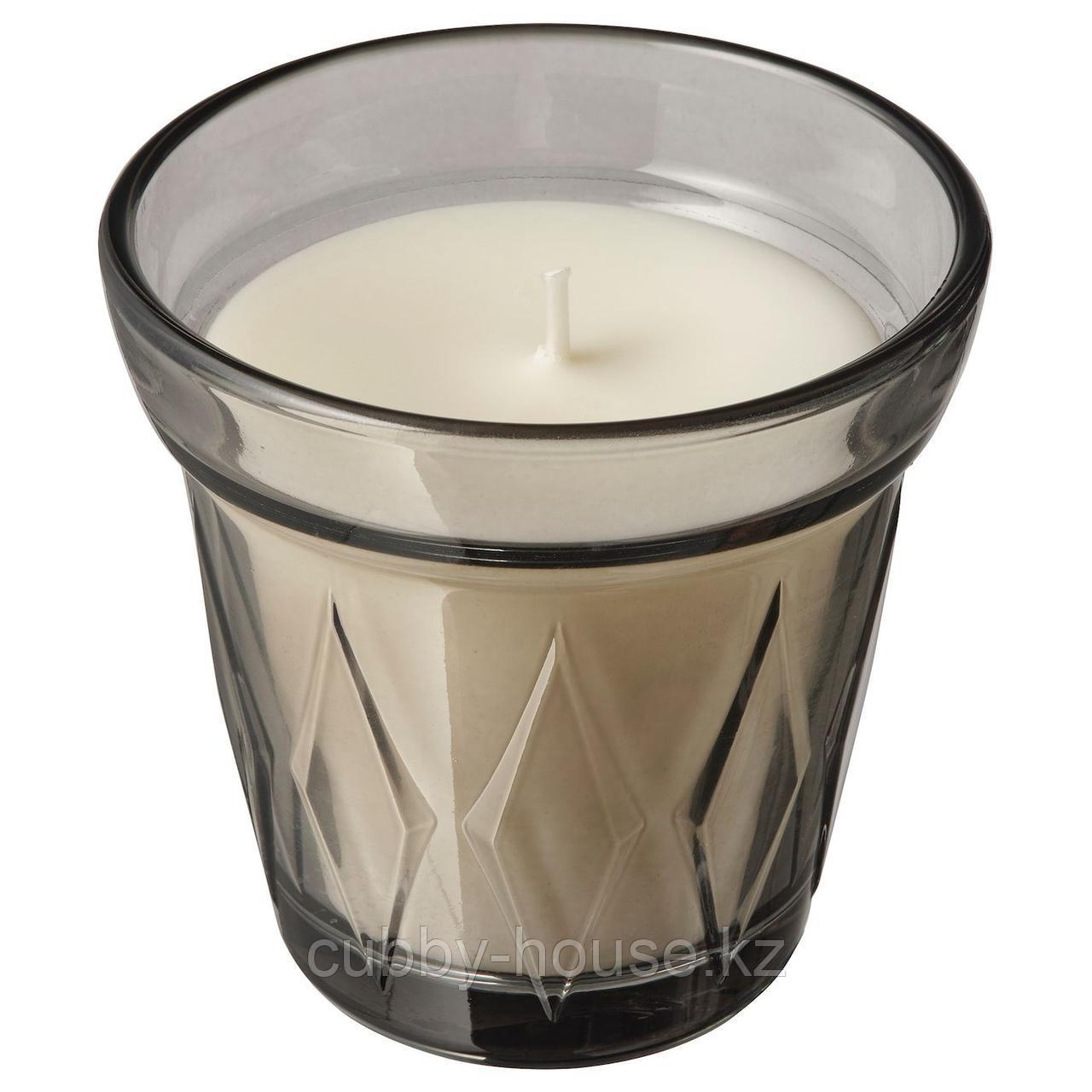 ВЭЛЬДОФТ Ароматическая свеча в стакане, серый Соленая карамель, серый, 8 см